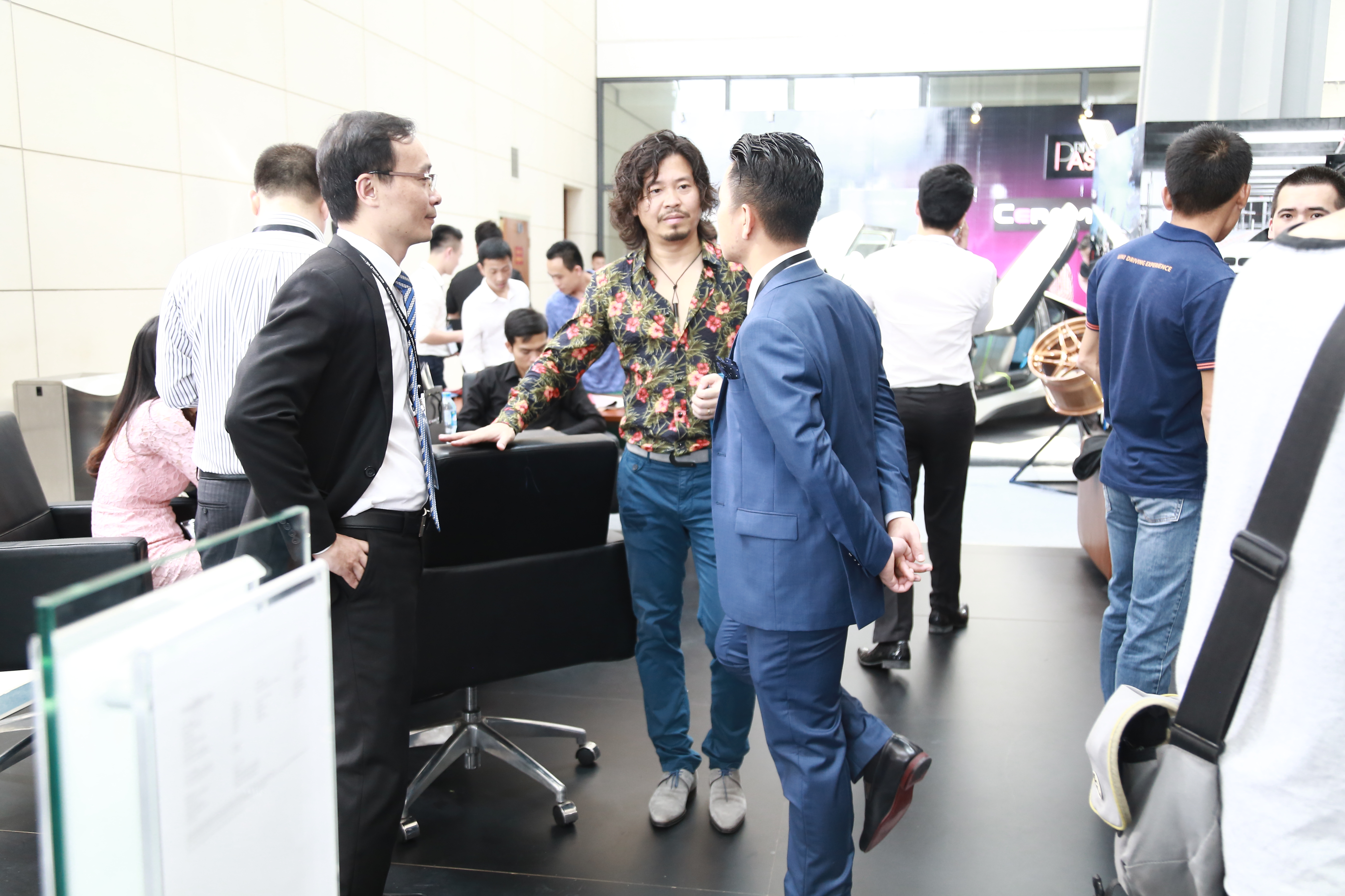 Caoza's Chairman - Mr. Hoang Minh Tuan welcomed guests at the exhibition